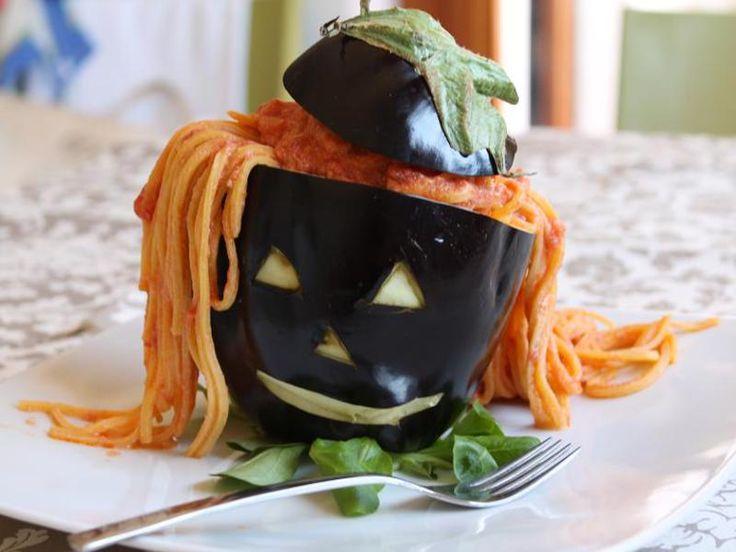 Długowłosy Harry,czyli domowe tagliatelle z sosem pomidorowym i ricottą