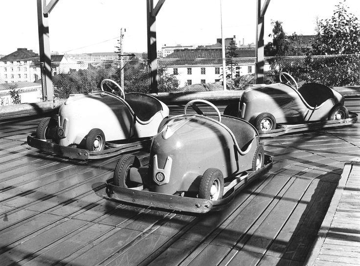 Rodeo-autorata #finland #helsinki #linnanmaki #summer #kesa #visitfinland #huvipuisto #amusementpark #nojespark #puisto #park #nostalgia #oldschool #photograph