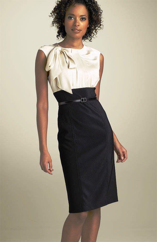 Комбинированное платье с супатной застежкой.