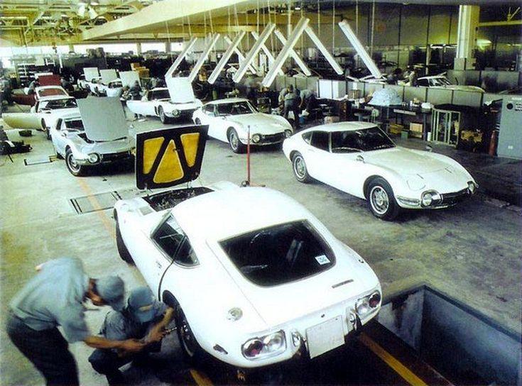Toyota 2000GT assembly line