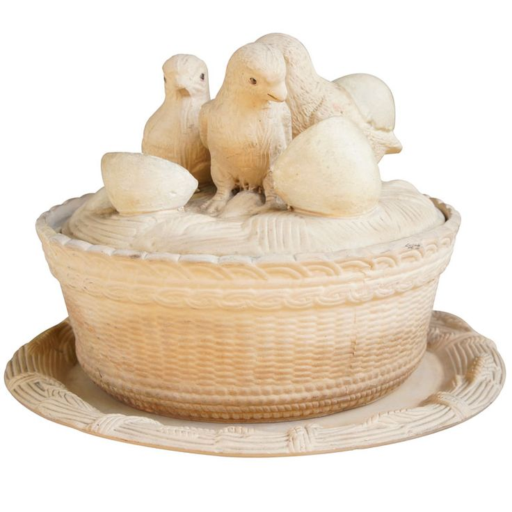 Caneware tureen, made by Josiah Wedgwood | From a unique collection of antique and modern tureens at https://www.1stdibs.com/furniture/dining-entertaining/tureens/