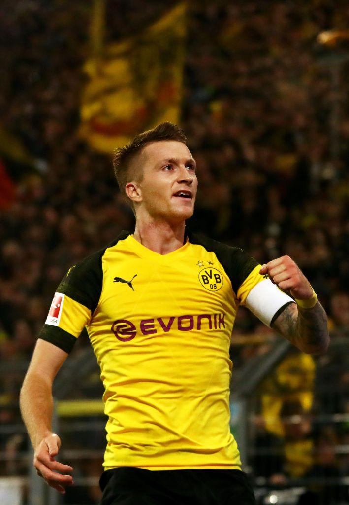 Dortmund Germany November 10 Marco Reus Of Borussia Dortmund Celebrates After Scoring His Team S Second Goal During The Borussia Dortmund Marco Reus Reus
