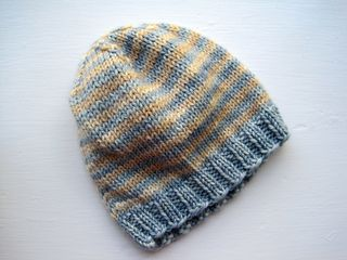 Basic baby/toddler beanie - 4mm/8ply knitted in the round