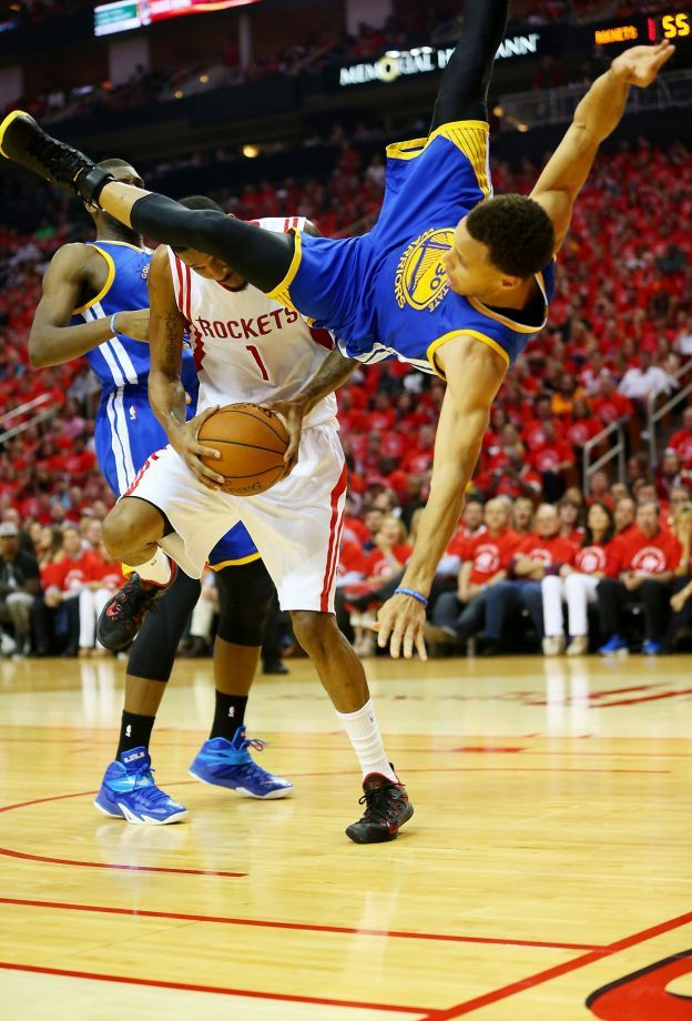Warriors' Stephen Curry returns after injury Stephen Curry  #StephenCurry