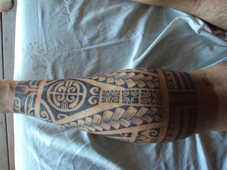 Tatouage homme tribal au mollet tattoo pinterest - Tattoo mollet homme ...