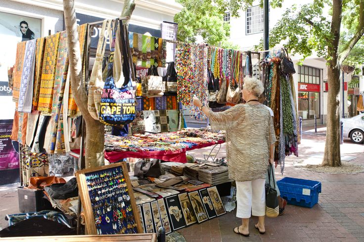 Company Gardens, Cape Town, South Africa. Art & craft treasures: the Old Town House on Greenmarket Square, which is crammed with traders from all over Africa.