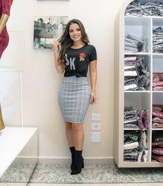 """2,422 Me gusta, 122 comentarios - Boutique K (@boutiquekmodafeminina) en Instagram: """"Lançamento!! Vestido Tifany em neoprene Estampa geométrica. Ref: 4697 P M G Em duas lindas…"""""""