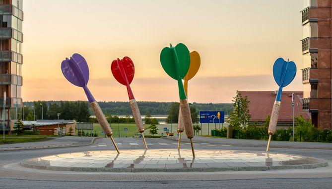 My Way by Sculptor Pekka Jylhä, location: Lempäälä, the Tampere region, Finland