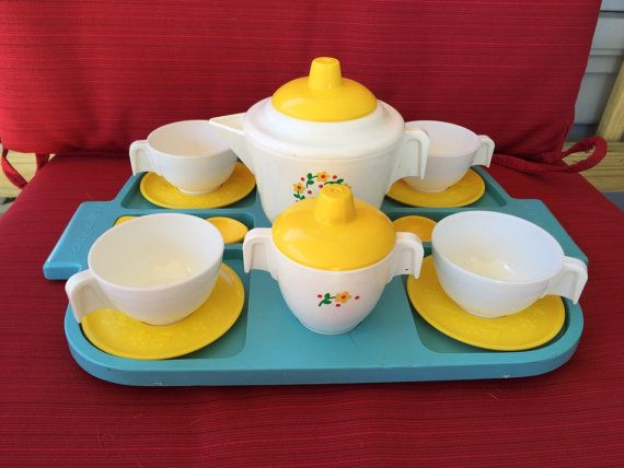 http://www.kidsfortoys.com/category/fisher-price/ Vintage 1982 Fisher Price TEA SET Yellow And by ABCVintageFinds More