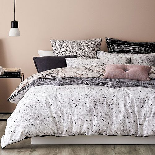 Onyx Quilt Cover Set