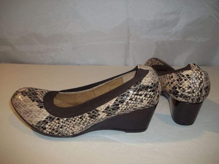 Softspots Women's Wedge Heels Shoes Brown Faux Snakeskin Pattern Size 6.5W #Softspots #Heels