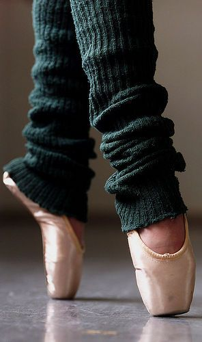 want one outfit to include leg warmers/ be  what you would normally practice in