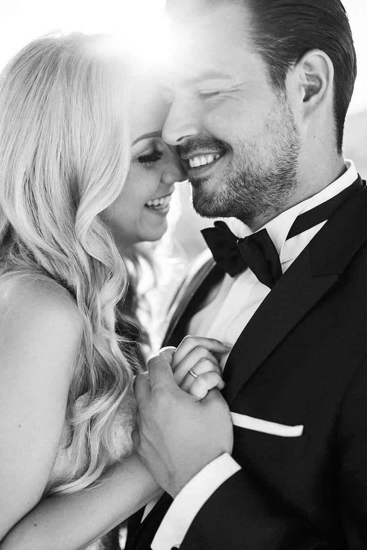 Love, Laugh & Santorini  VICKY BAUMANN http://www.hochzeitswahn.de/inspirationen/love-laugh-santorini/ #wedding #santorini #inspiration