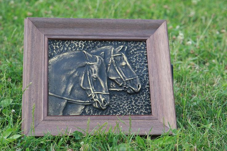 Płaskorzeźba koń konie dekoracyjna prezent