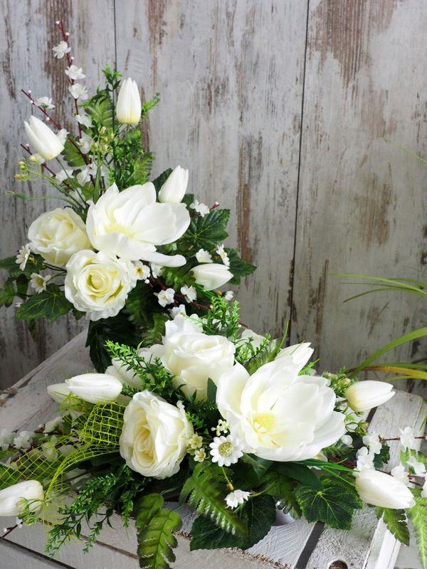 Stroik Wiosenny Kwiaty Na Grob Kompozycja Bukiet 8911985709 Oficjalne Archiwum Allegro Floral Floral Wreath Wreaths