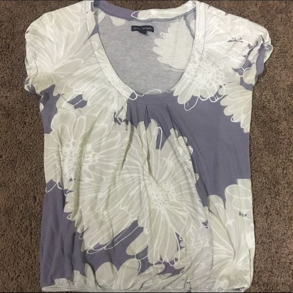 AE Patterned Scoop Neck Tee Sz Small Good condition. Worn a handful of times. Purple and gray patterned tee. Size small. Scoop neck with elastic band bottom for a fitted look. American Eagle Outfitters Tops Tees - Short Sleeve