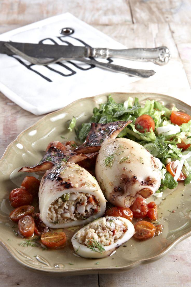 Καλαμαράκια πικάντικα, γεμιστά με τραχανά και ελιές