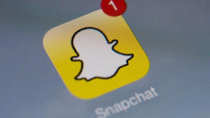 Meerdere mobiele apps verzamelen gebruikersdata bedoeld voor Snapchat. De data wordt onbeveiligd naar een onbekend adres verzonden.