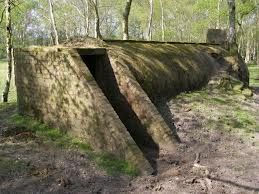 Google Image Result for http://upload.wikimedia.org/wikipedia/commons/b/b5/Disused_air-raid_shelter,_Dilton,_New_Forest_-_geograph.org.uk_-_...