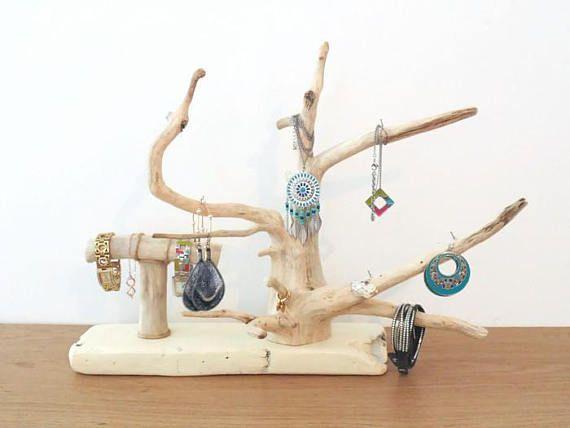 les 25 meilleures id es de la cat gorie arbre bijoux sur pinterest bijoux pour arbre de no l. Black Bedroom Furniture Sets. Home Design Ideas