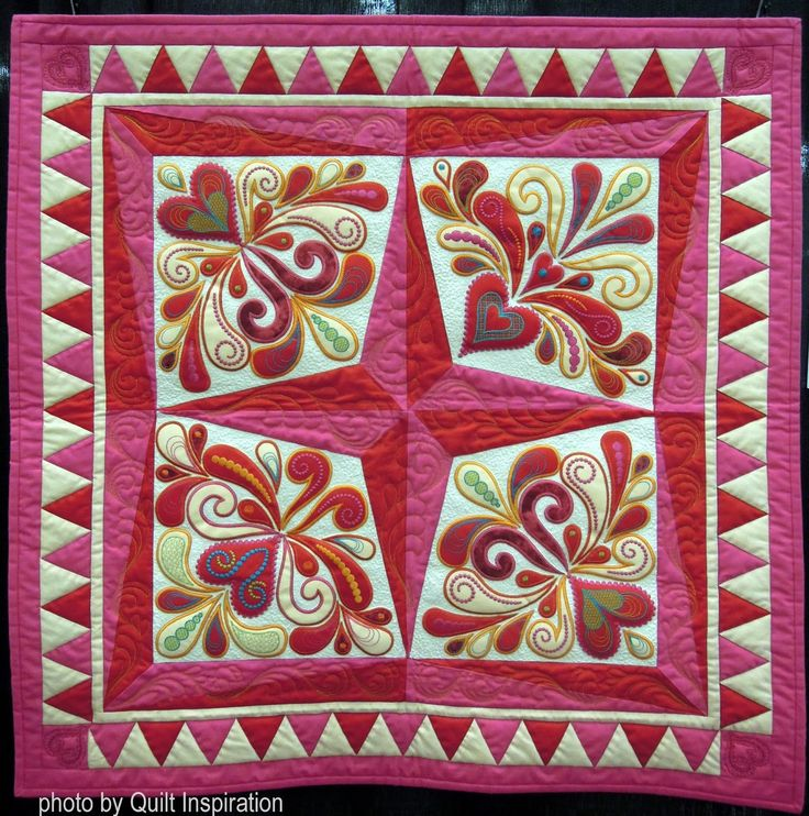 Hearts 4 You by Ildiko Dancs.  Pattern by Sarah Vedeler.  Photo by Quilt Inspiration.