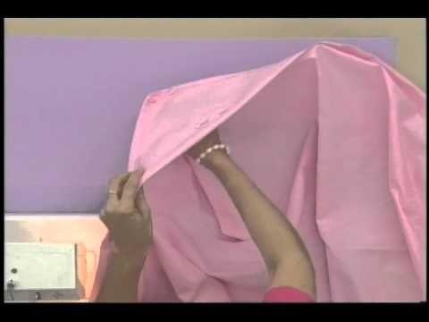 ▶ Sonia Franco.Programa Nuestra Casa. Elaboración de Sabanas 3/5 - YouTube (con un triángulo de tela)