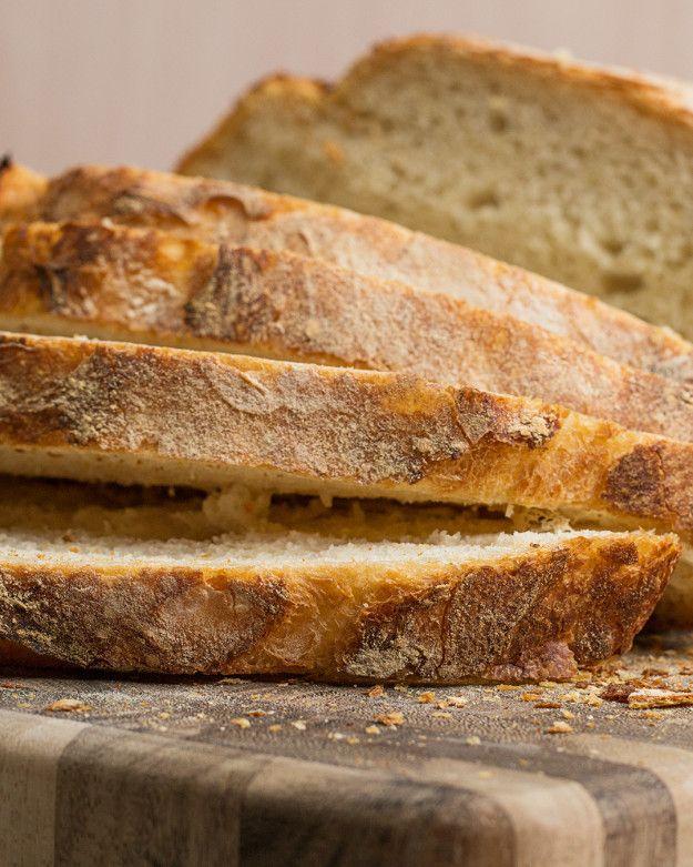 Homemade Dutch Oven Bread