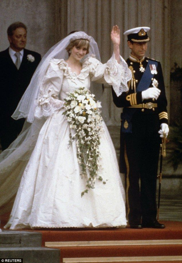 David Emanuel On The Gown Pippa Middleton Should Pick For Princess Diana Wedding Famous Wedding Dresses Beautiful Wedding Gowns