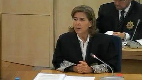 """#ÚltimaHora Fiscal anticorrupción que investiga la """"caja B del PP"""" argumenta por qué  'Luis el Cabrón' es Bárcenas http://www.ledestv.com/es/noticias/actualidad-politica/video/intervencion-de-la-fiscalia-anticorrupcion-luis-el-cabron-es-barcenas/4005 #PP #Corrupción"""
