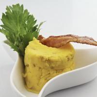 Receta para preparar Puré de papa criolla con tocineta crocante. con instrucciones e ingredientes de Valeria en Cocina33