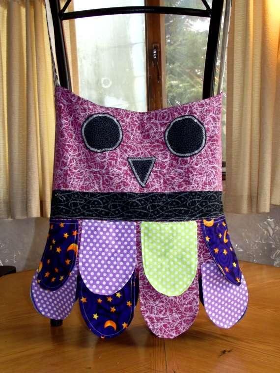 Owl purse by CreativeJCrafts on Etsy, $25.00