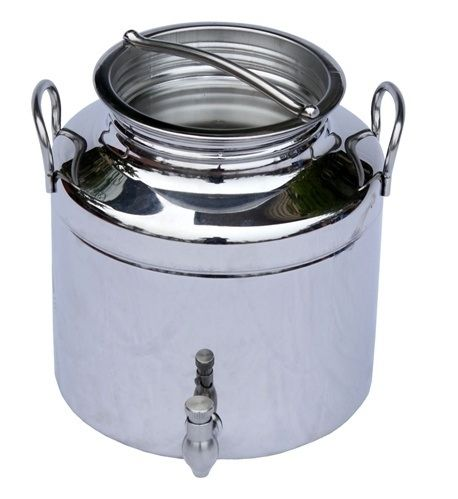 Use 5 liter stainless steel Italian fusti to store room-temp water