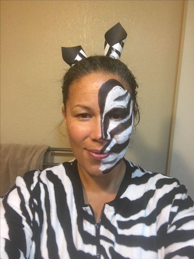 best 25 zebra face paint ideas on pinterest fasching. Black Bedroom Furniture Sets. Home Design Ideas