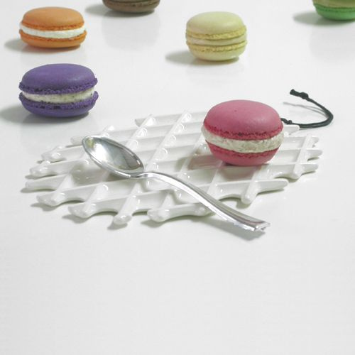 macaron time with NEOLA waffle by Arago Design