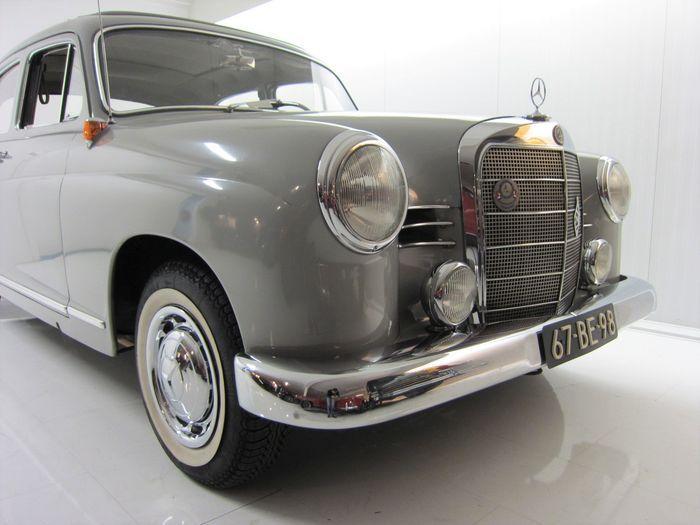 Mercedes Benz - 180c Ponton W120 - 1962