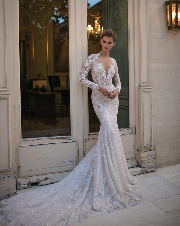 32 best пища images on Pinterest | Short wedding gowns, Wedding day ...