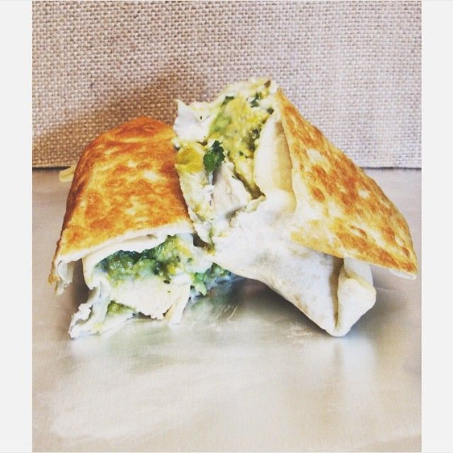 These chicken avocado burritos are a perfect snack or lunch idea, and a great wa…