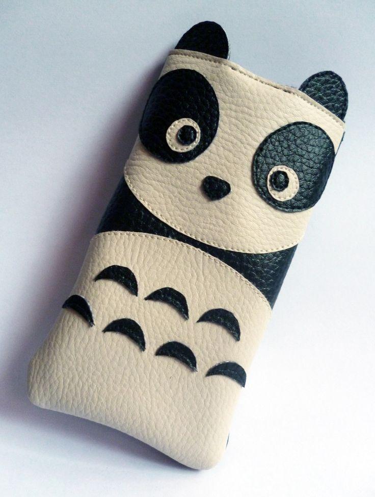 Housse téléphone portable panda simili-cuir iPhone : Etuis portables par alombreduncerisier