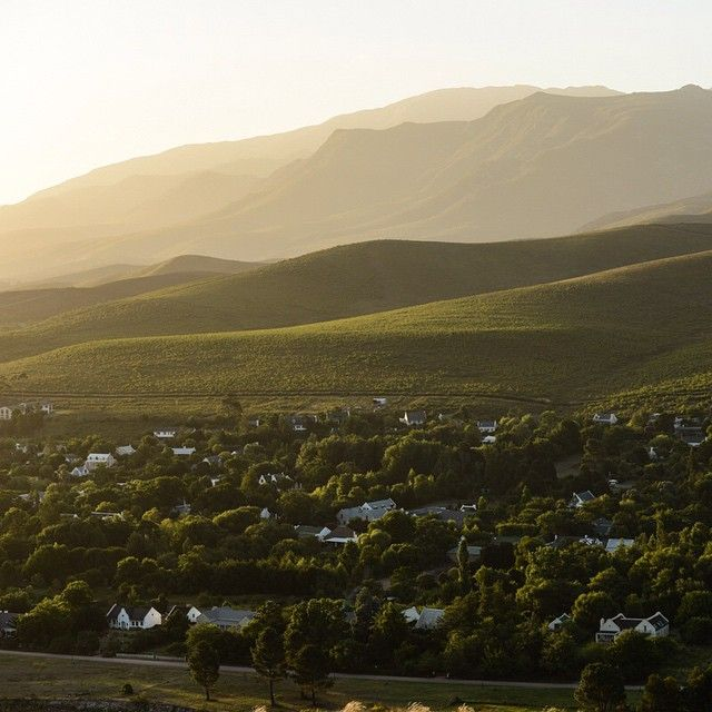 Little more than an hour's drive from Cape Town is the picturesque village of Greyton.  Founded in 1854, visitors can unwind and step back in time as they stroll through the village's oak-lined lanes, past free-roaming cows and donkeys.  Calming scenic beauty coupled with excellent restaurants and cafés make Greyton a favourite on our list.