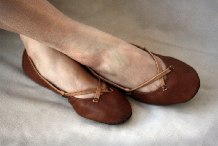 The Pomegranate - Handmade Leather ballet flat shoes. $90.00, via Etsy.