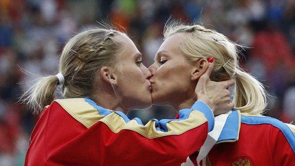 EN IMAGES Les baisers lesbiens des stars - L'Express Styles
