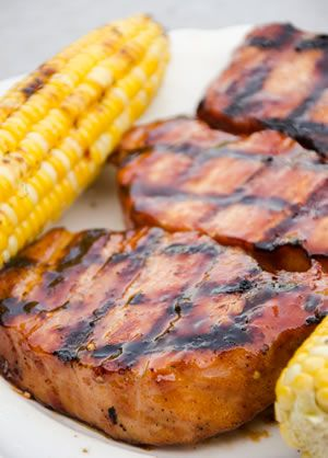 Describes the different type of pork chops and country ribs, and how to cook them.