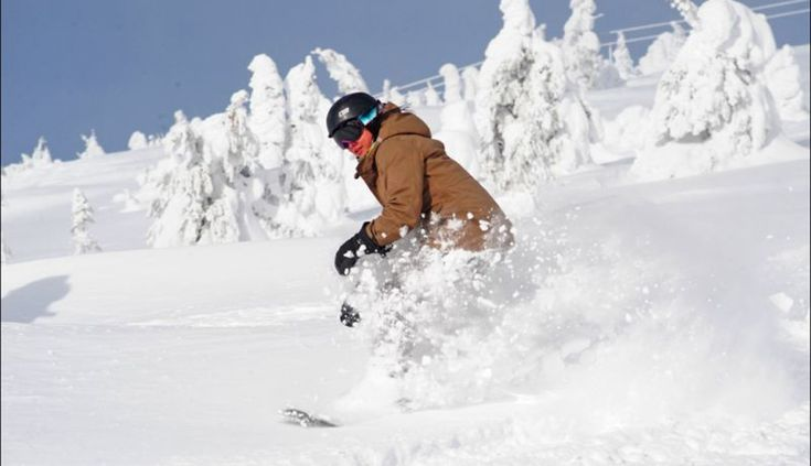 Big White Offers Crystal Mountain Passholders Free Lift Tickets