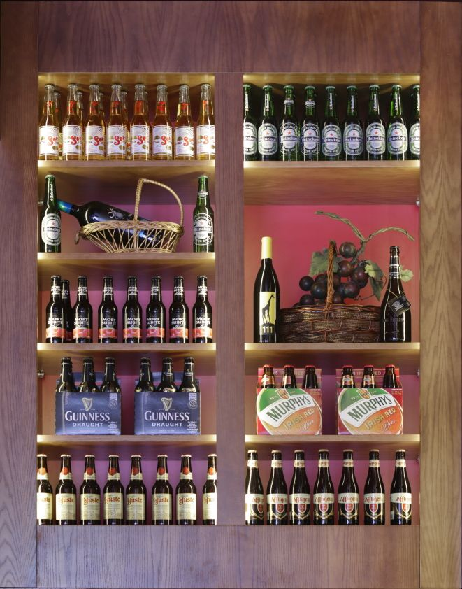 Mostaza Design | Vino & Compañía | Madrid | Wine Shop | Interior design | #retaildesign #mostazadesign #wine #shop #vinoycompañia #interiordesign #interiors #retail #furnituredesign