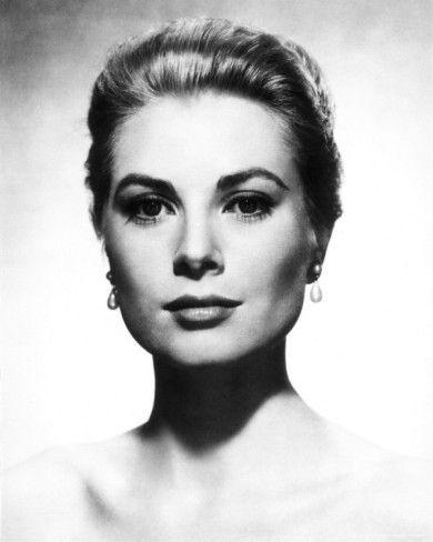 Grace Kelly: Classy Beauty