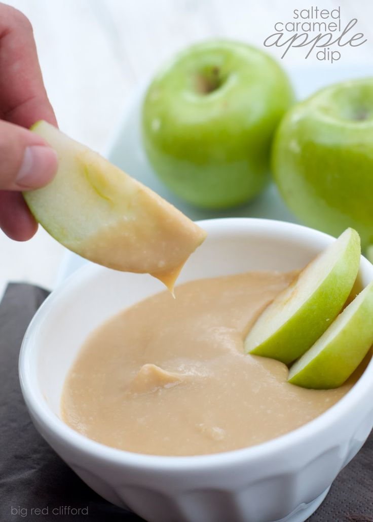 5 minute Salted Caramel Apple Dip. so easy and so tasty! bigredclifford.com
