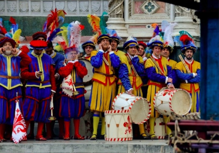 Firenze, parata del calcio in costume