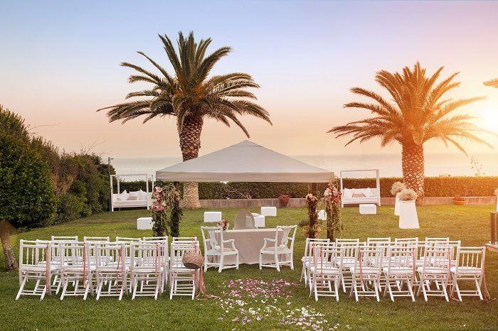 Benje Canopy - Sea View Wedding Ceremony @ the Atlantic Garden, Portugal. #destinationweddingsinportugal #weddingdestinationinportugal #weddingvenuebytheseaportugal #casamentomarportugal #casamentoportugal