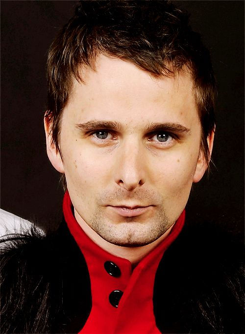 Dating muse lead singer