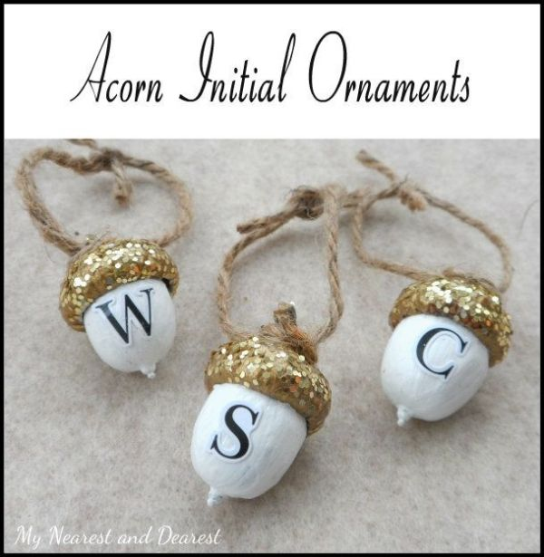 DIY personalised acorn Christmas ornaments. So sweet to give as a gift or to make with your kids' initials. by mollyahuff